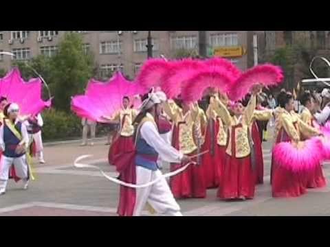 Искусство танца.Корейский танец с веерами Korean dance - Cмотреть видео онлайн с youtube, скачать бесплатно с ютуба