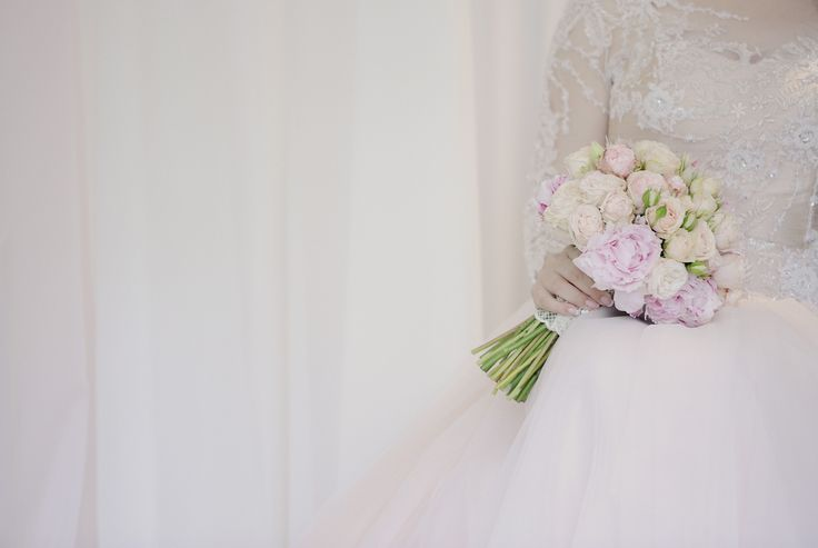 Effect pink bridal bouquet Aliarth Floral Design