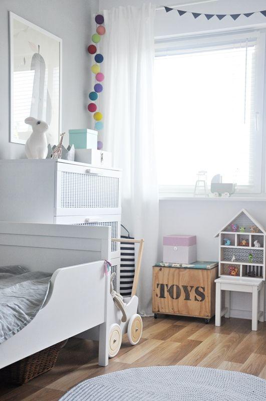 Guirnaldas de luces para convertir la habitaci n de los ni os en un lugar m gico - Iluminacion habitacion bebe ...