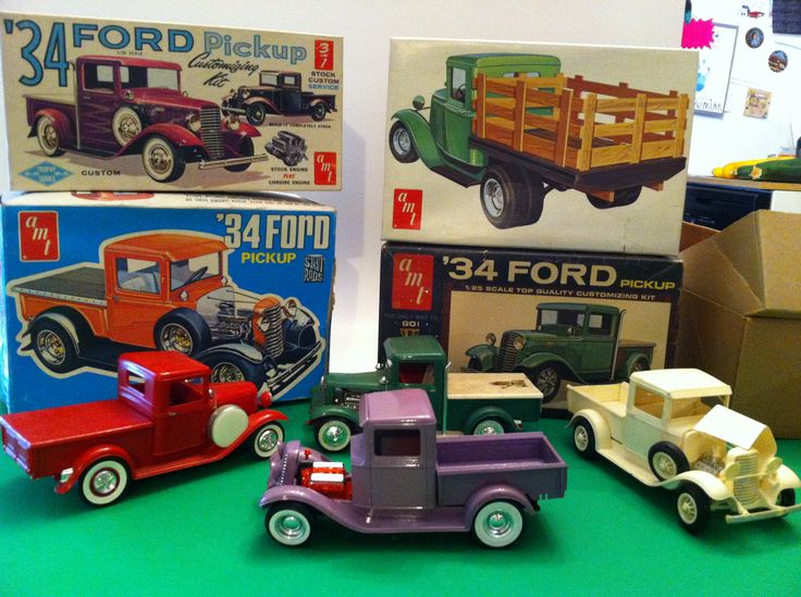 AMT 34 Ford Pickup 3 In 1 Old Built Kits