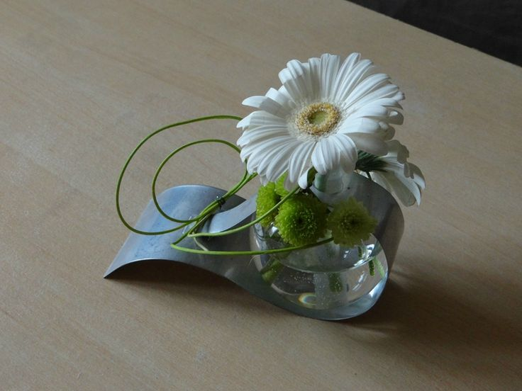 Composition florale bulle et aluminium fleurs bouquet composition pinte - Composition florale simple ...