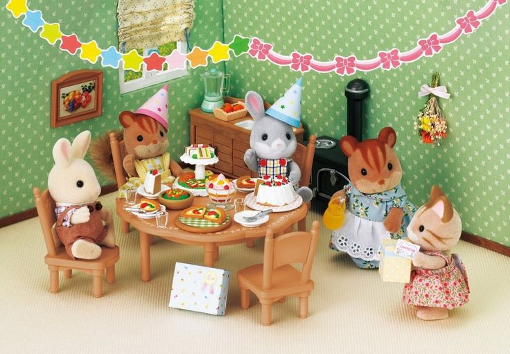 Amazon.com: Epoch Sylvanian Families Sylvanian Family Home party set KA-612: Toys & Games
