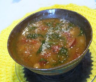 Slow Cooker Kielbasa And White Bean Stew With Tomatoes And Spinach ...