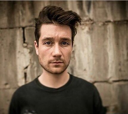94 days until I see Bastille live.. being in the same room as Dan my chill level is a big fat zero