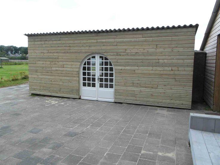 Tuinschuur expositieruimte ontworpen en gemaakt door groene bes authentieke constructie - Eigentijds pergola hout ...