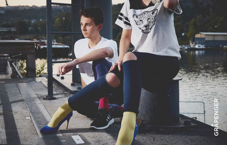 Fåshion Collection | GRÅPENGER #premium #colorful #socks #grapenger #navyblue #yellow #fashion #port #riverside