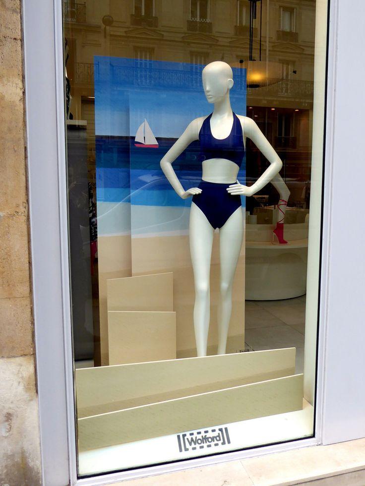 Vitrine Wolford - Paris, Mai 2017   Photo: Beausoleil France #mode #fashion #maillot #bain #mer #plage #bateau #ete #vitrine #window #display