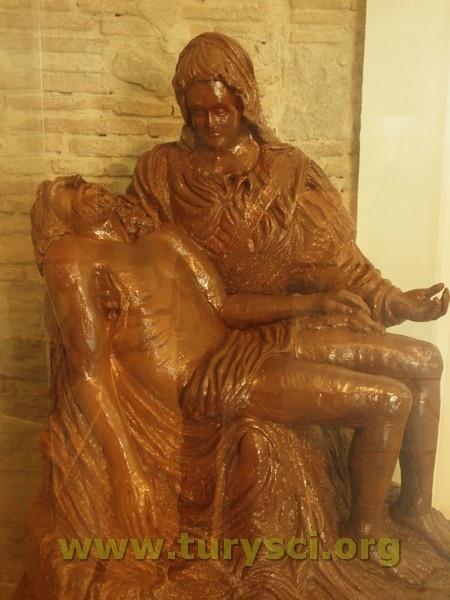 Pieta z czekolady w Muzeum Czekolady. Barcelona, Hiszpania