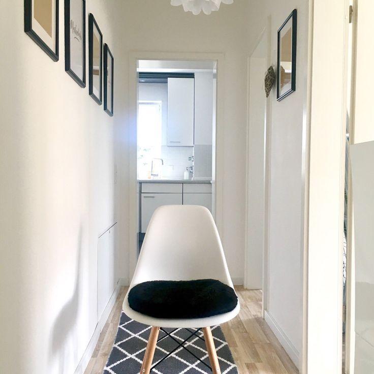 das sitzkissen in schwarzem plschstoff ist super weich und passt perfekt zu deinem eames stuhl - Tolles Dekoration Eames Chair Sitzkissen