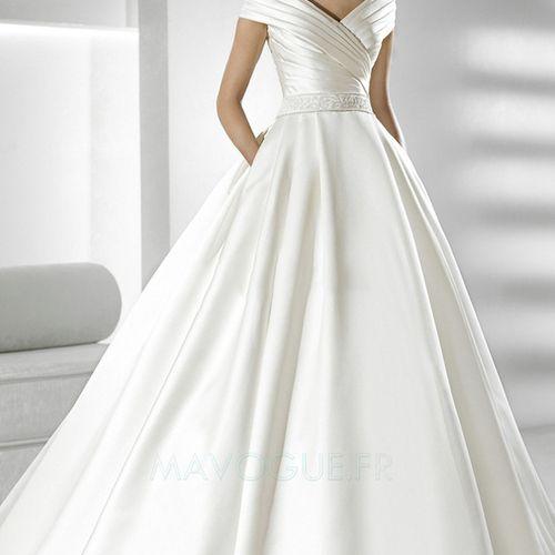 [149.73€] Robe De Mariée Avec Poche épaule Dégagée Avec Fourreau Plissé Mancheron Satin Longueur Ras Du Sol