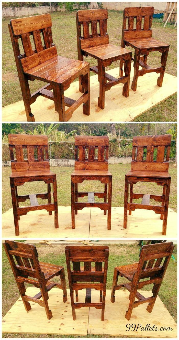 Being so needy for the kitchen these DIY pallet kitchen counter #chairs are here to meet you today with a classic design...