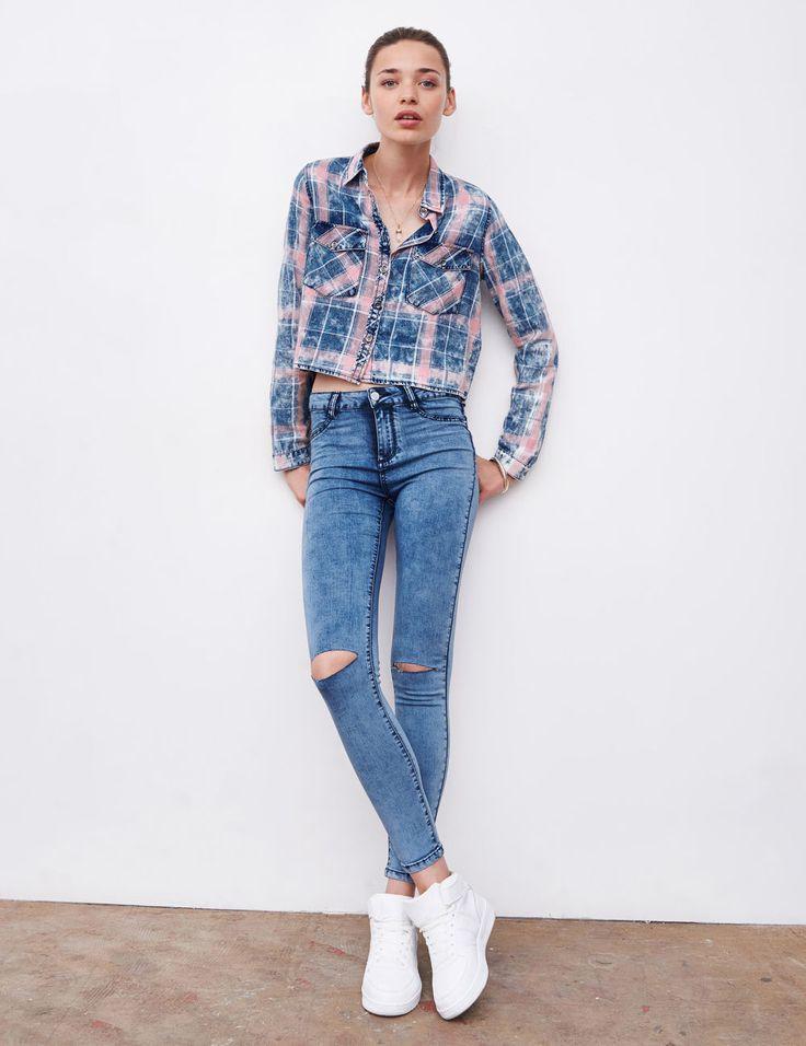 Jegging taille haute en jean medium blue  - http://www.jennyfer.com/fr-fr/collection/jeans/jegging-taille-haute-en-jean-medium-blue--10007914013.html