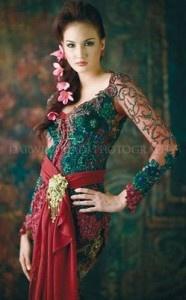 beautiful kebaya