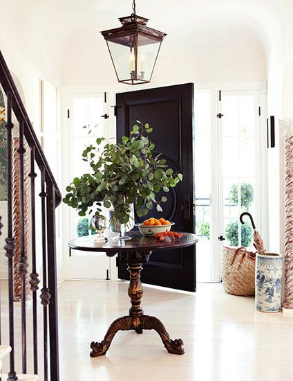 Tips For Styling Round Entry Tables Rough Luxe Lifestyle Mark D Sikes