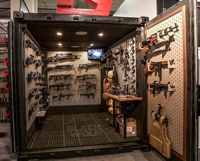 6,000 lb gun vault! | by @gallowtech and @blackwolf_inc
