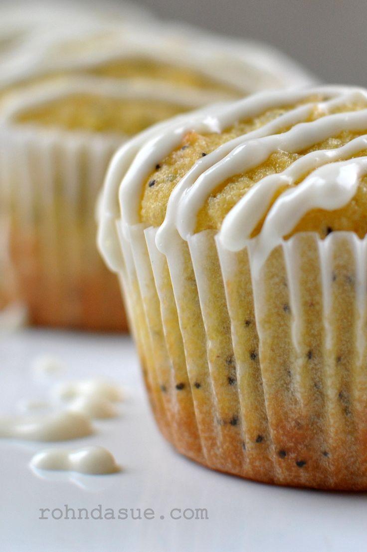 THM (S) Lemon Poppyseed Muffin