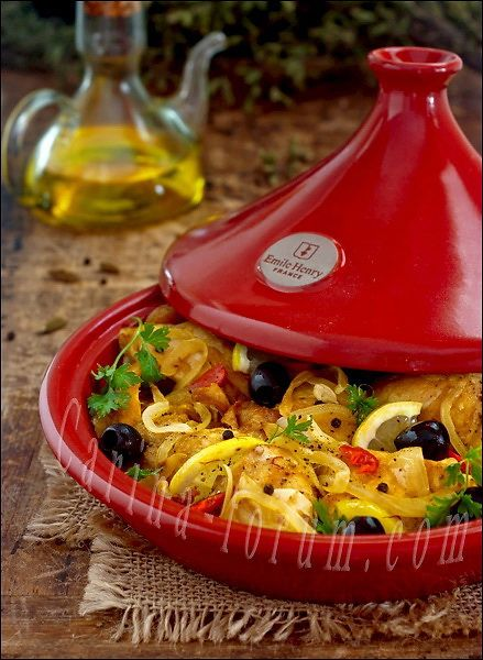 Moroccan Chicken Tagine -  チキン 塩レモン タジン鍋 モロッコ  this looks pretty authentic. You can make your own preserved lemons by slicing them into wedges and keeping them in a salt (lots of salt) and water mixture in the fridge.