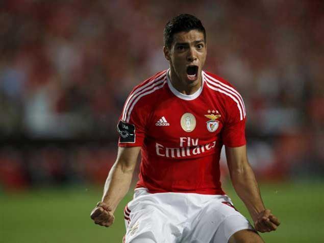 Raúl Jiménez precisou de 63 segundos para marcar o 1º golo pelo Benfica