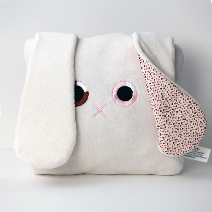 FREE SHIPPING! Poketti Plushies with a Pocket Toni the Bunny has a plush-lined back pocket that is the perfect place to store your stuff — glasses, phone, notebook, gift cards, etc. Poketti's super so