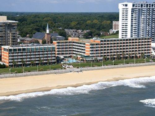 Holiday Inn Hotels & Resorts - North Beach Hotel in Virginia Beach