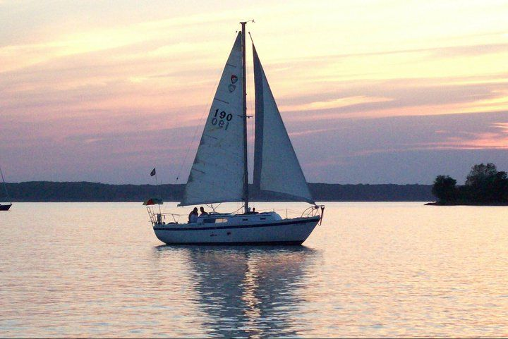 The Mariner | Our first boat (where we 'fell in love' : )