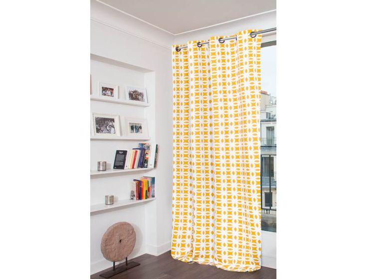 La cortina opaca con estampados geométricos Moondream ofrece una solución decorativa y técnica 2 en 1 para vestir sus ventanas e impedir que pase hasta el 100 % de la luz con un simple gesto… » Más
