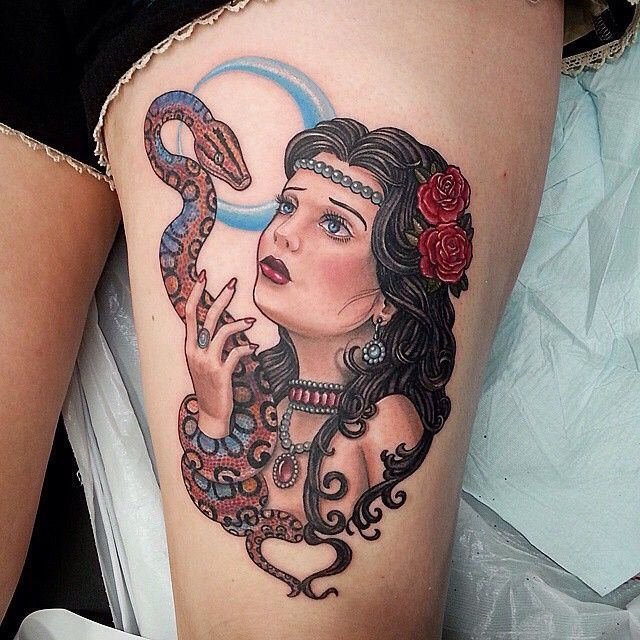 Tattoo Woman Photo: Pin By Ashley Thom On Animals: Brazilian Rainbow Boas