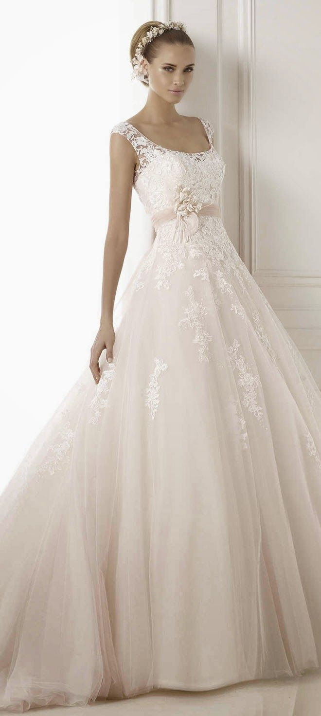 Pronovias 2015 Bridal Collection | bellethemagazine.com