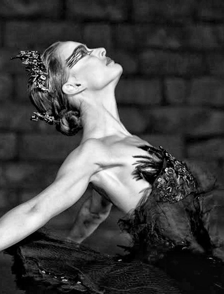 Natalie Portman in Black Swan (2010) - Ballet, балет, Ballett, Ballerina, Балерина, Ballarina, Dancer, Dance, Danza, Danse, Dansa, Танцуйте, Dancing