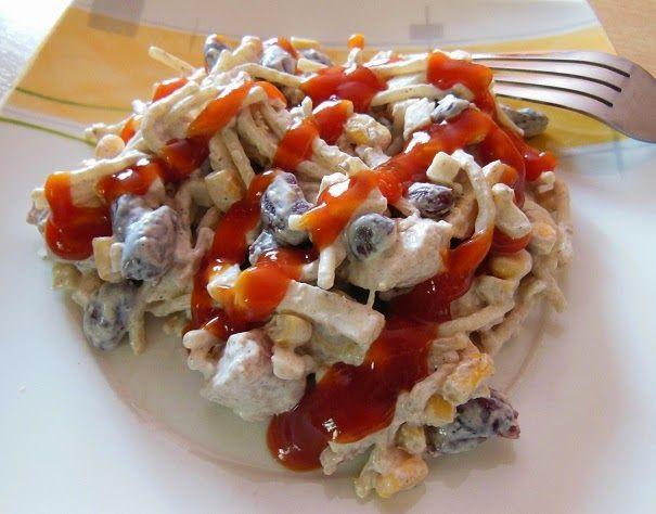 Góralskie Jadło: Sałatka z kurczakiem, fasolą i makaronem
