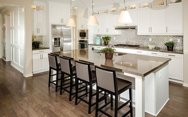 Stainless steel appliances center island with seating for Center islands with seating