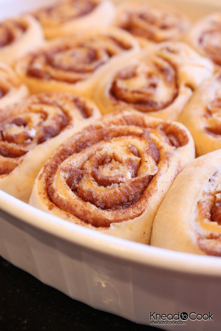 Healthier Pumpkin Cinnamon Rolls with Pumpkin Spice Glaze. | Knead to Cook