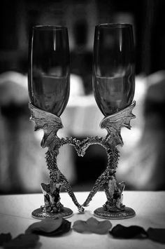 Risultati immagini per matrimonio gotico