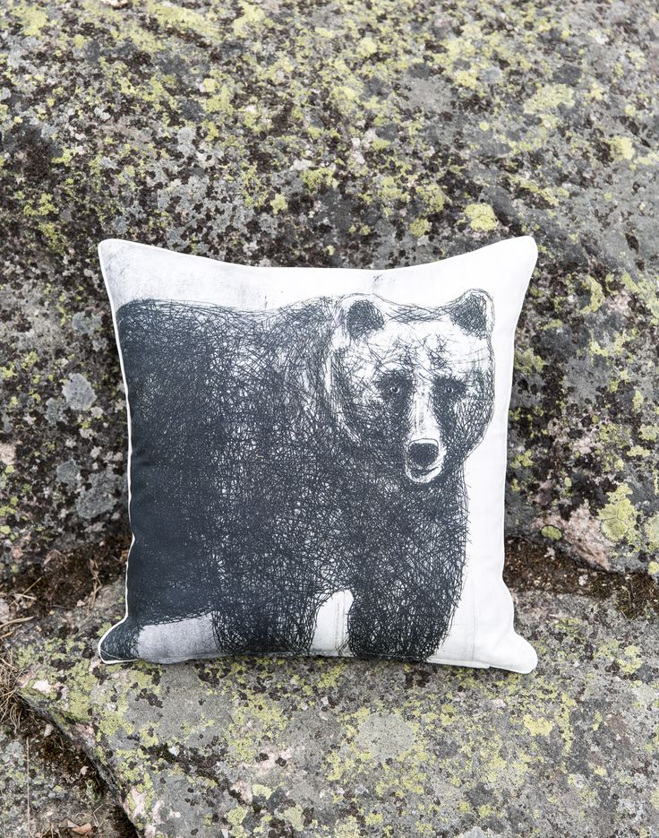 Fauna Cushion Cover Bear | Gorgeous Finnish animal figures decorate Fauna pillow cases designed by Lasse Kovanen.