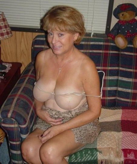 51 year old british wife hangs her 38d boobs