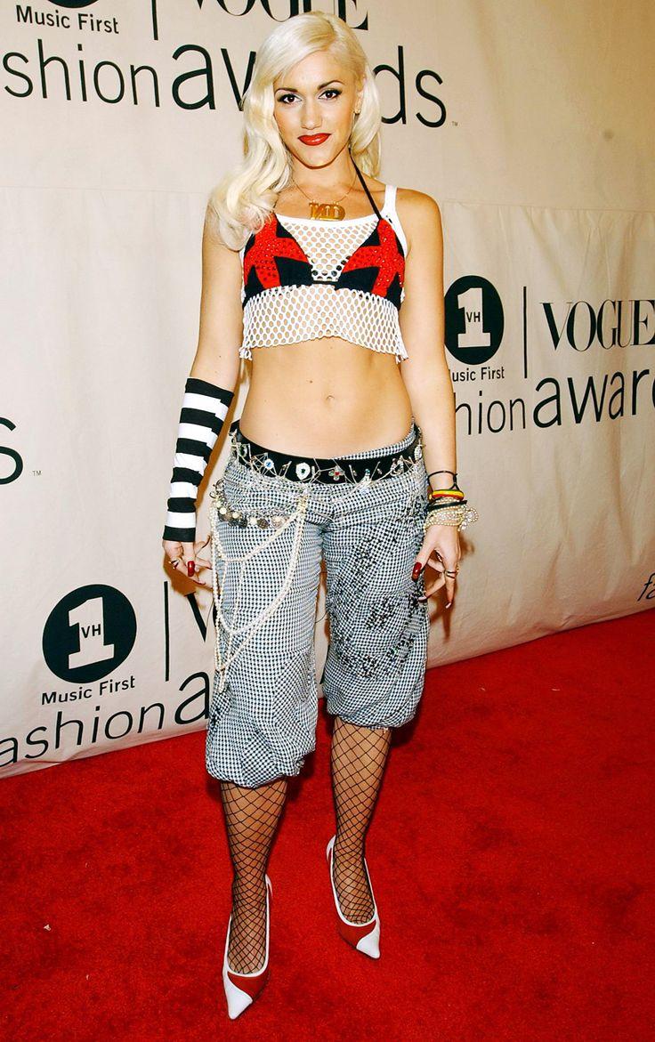 gwen stefani 2001   Gwen Stefani's Style Evolution