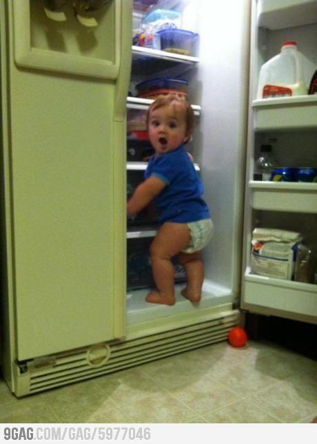when mum catch open the fridge 5 am :D  @ http://cort.as/DzUW