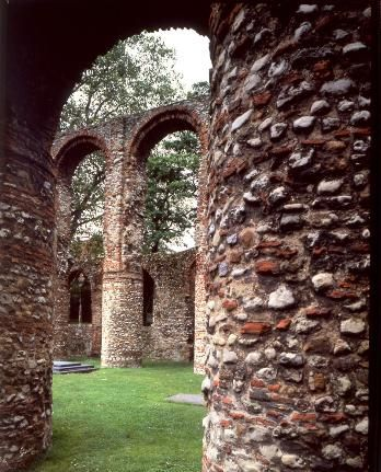 St. Botolph's Priory, Colchester - English Heritage. Open access.