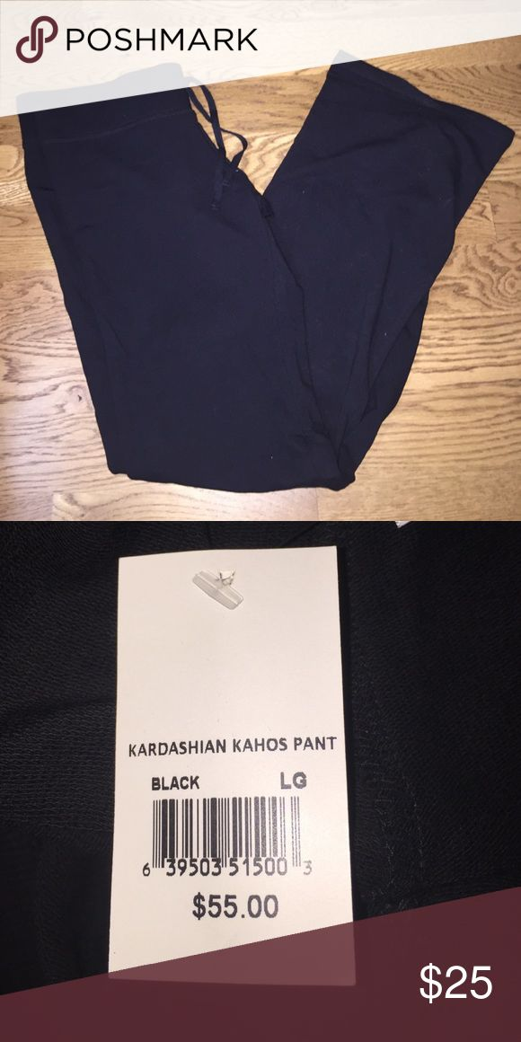 Kardashian Kahos Pant Never been worn.... has the tags. From the Kardashian store in Vegas. Kardashian Kollection Pants Leggings
