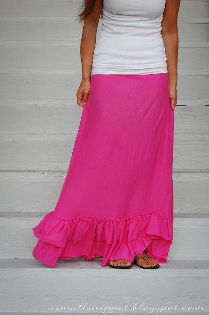 Jersey sheet turned into maxi skirt...: Ruffle, Maxi Skirts Tutorials, Diy Maxi Skirts, Maxi Dresses, Small Snippets, Dresses Skirts, Jersey Knits, Sewing Machine, Skirt Tutorial