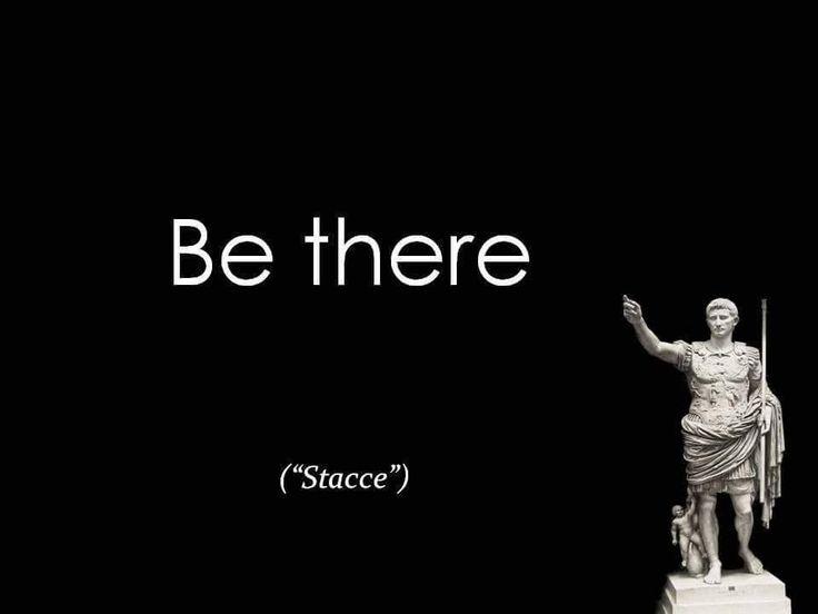 """""""I santi sono semplicemente gente che sta sulla croce  e non si ribella.  Che quando succede qualcosa di brutto, grande,  grandissimo o insignificante che sia, ci stanno,  come direbbero i miei figli (""""stacce"""", mi dicono  se perdo a scarabeo o a tutti gli altri giochi del pleistocene,  con quelli tecnologici manco ci provo,  so che sarei fatta fuori da un orsetto rosa di primo livello).   Eppure i santi sono quelli che hanno capito  che quando perdono, anche se fa un po' male lì per lì,  in…"""