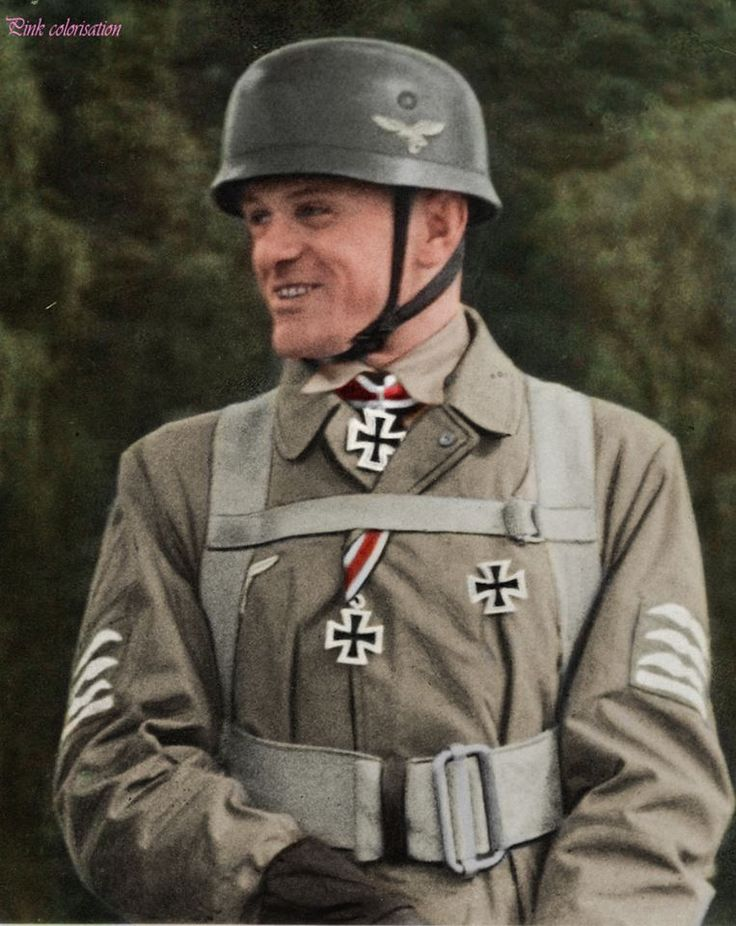 Major Fritz Prager. Born in December 1905 and died in December 1940 was a member of the Fallschirmjäger.