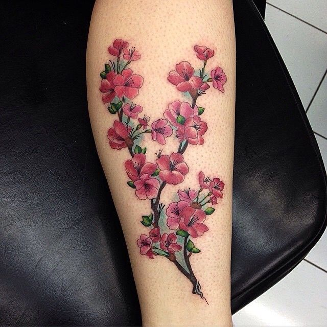 15+ Einzigartige Cherry Blossom Tattoo Designs…