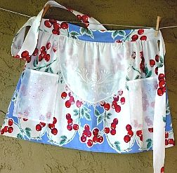 cherry apron: Cherries Fabrics, Sweet Cherries, Vintage Aprons, Cherries Jubilee, Cute Aprons, Fabrics Aprons, Vintage Cherries, Cherries Aprons, Cherries Pies