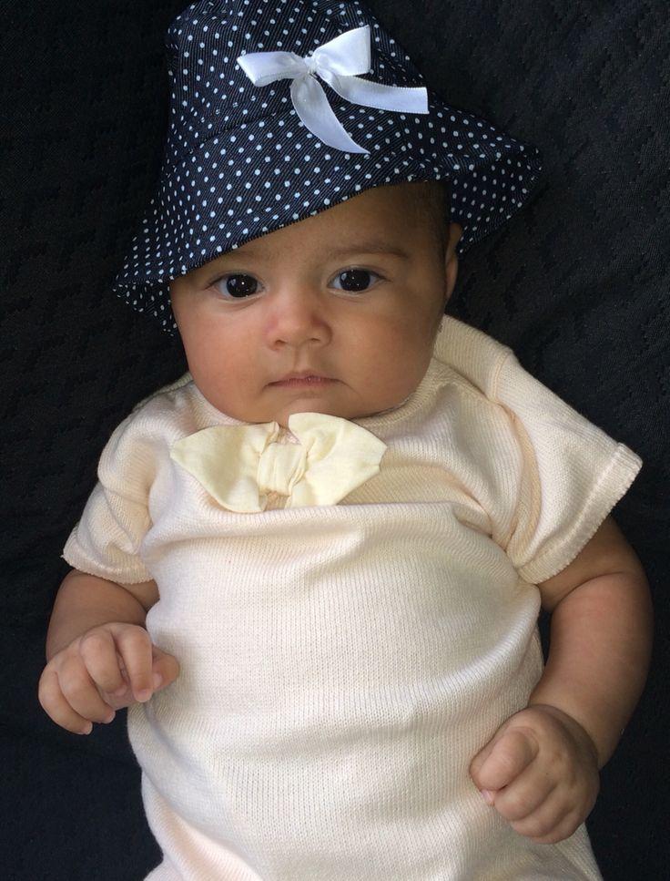 Bebota con sombrero