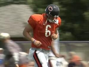 How Quarterback Jay Cutler Manages Diabetes on the Field (Video)