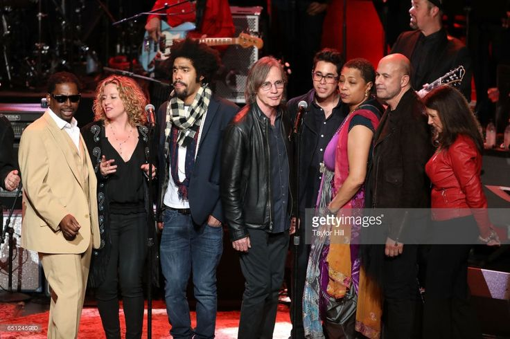 Amy Helm, Tash Neal, Jackson Browne, Gary Williamson, Lisa Fischer, John Varvatos, and Karen Pearl perform during 'Love Rocks NYC! A Change is Gonna Come: Celebrating Songs of Peace, Love and Hope' - a benefit concert for God's Love We Deliver at Beacon Theatre on March 9, 2017 in New York City.