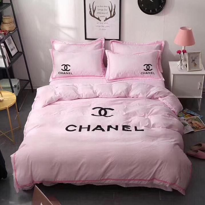 Parure De Lit Chanel Recherche Google Parrure De Lit Parure De Lit Et Deco Lit