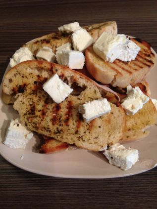 Oregano Toast & Feta, yummy snack!!
