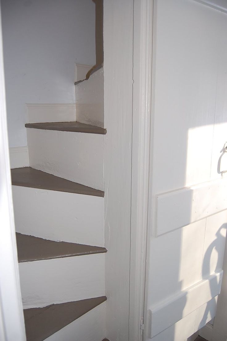 Narrow back staircase in a colonial home. So cool. Regulations ruin everything.
